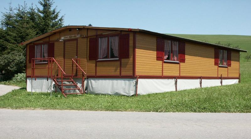 Bild der aufgebauten Partyhütte